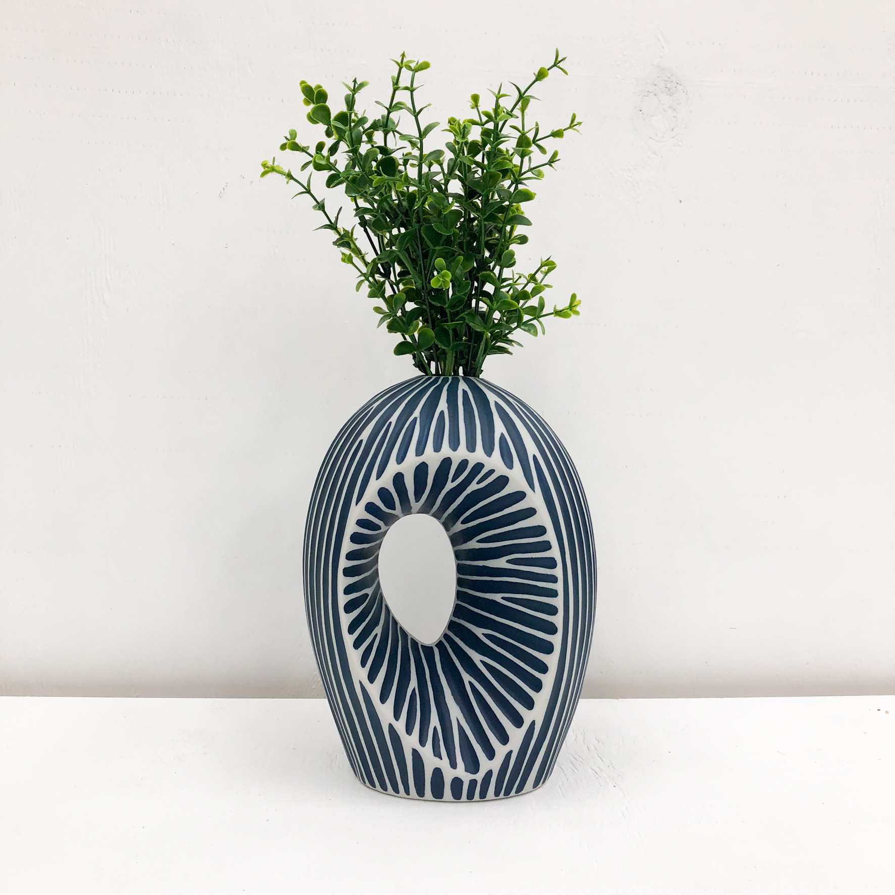 Artura MX Handmade Vase - with plant