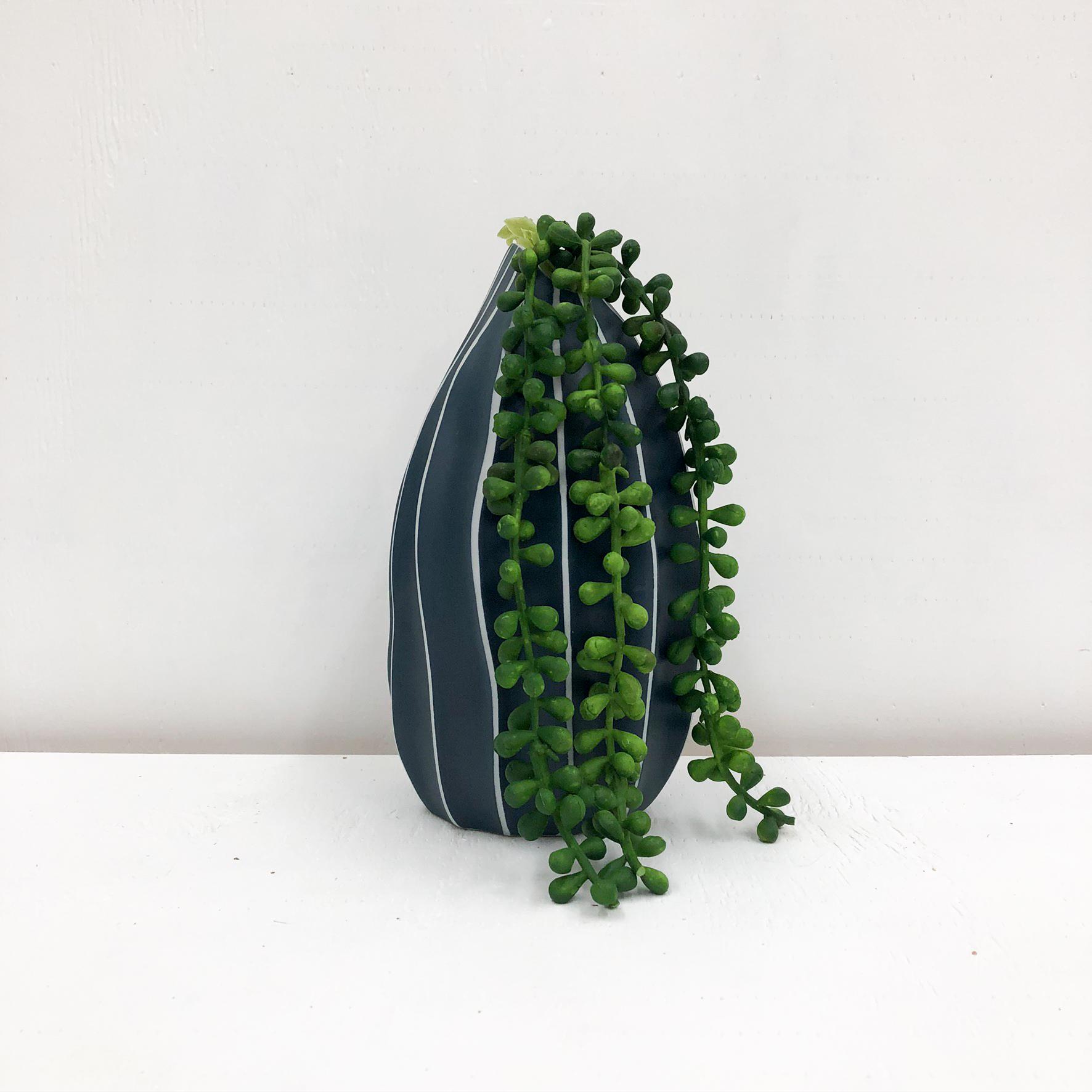 Seda S Handmade Vase - White & Blue Dots - with plant