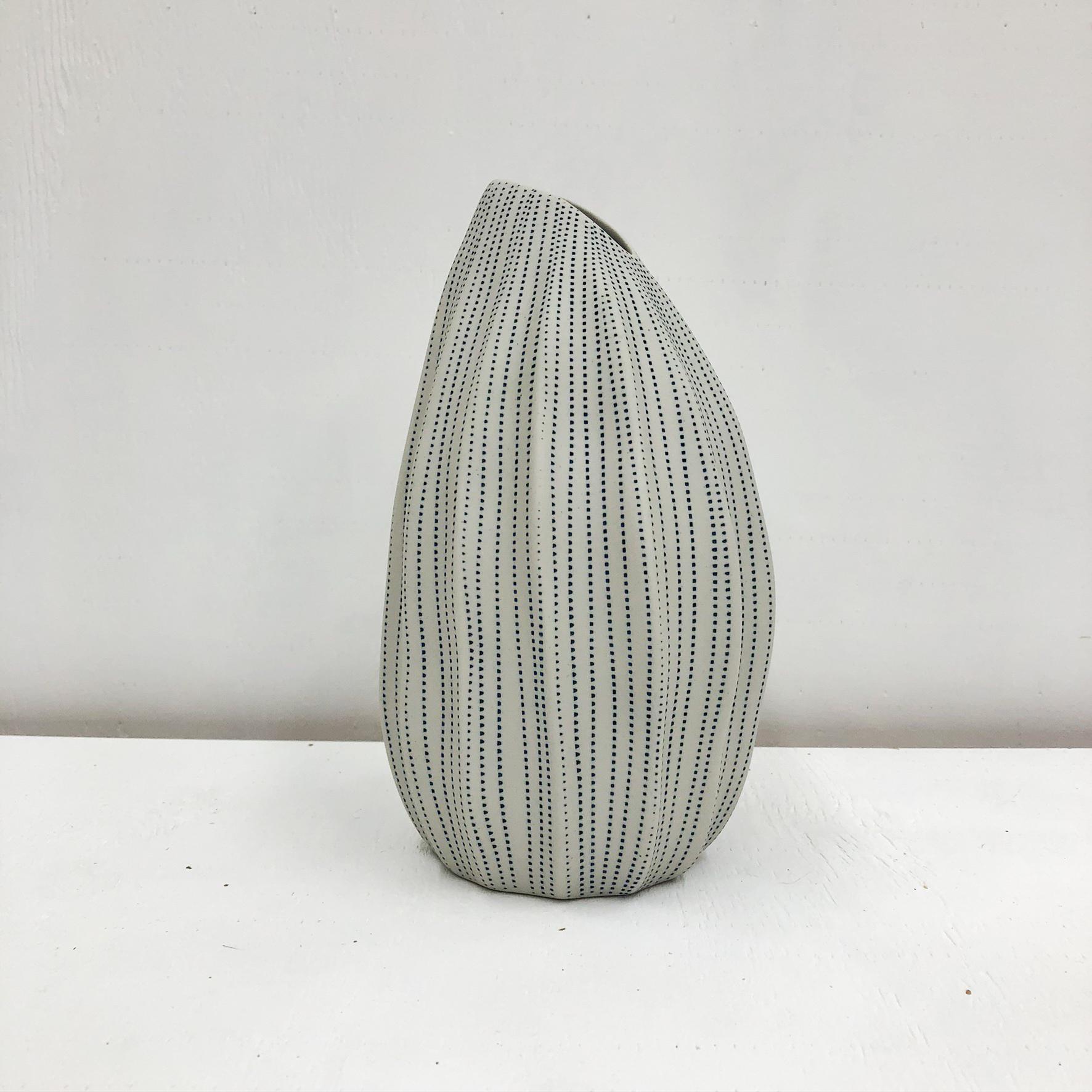 Seda S Handmade Vase - White & Blue Dots