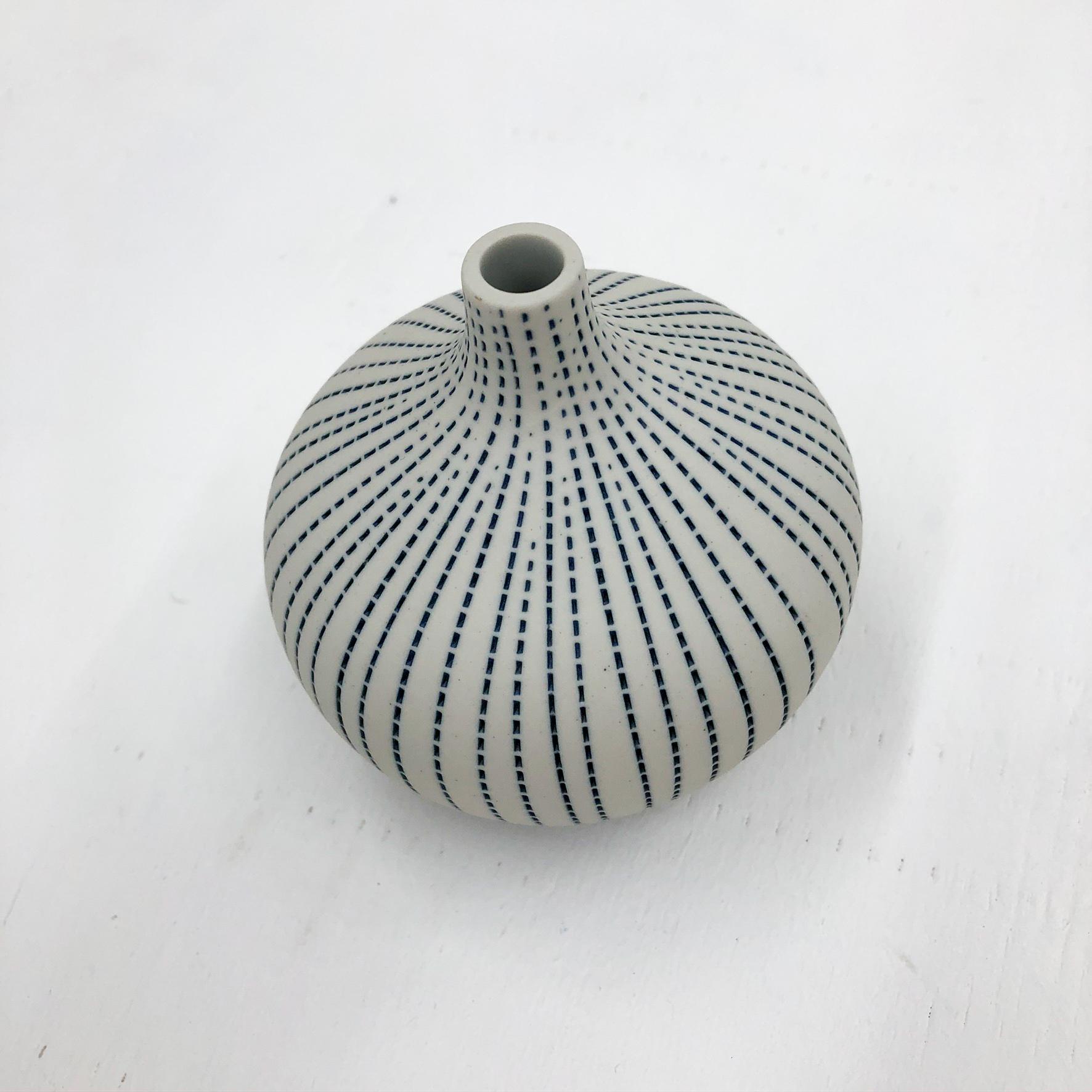Congo Tiny L Handmade Vase - White & Blue Dots