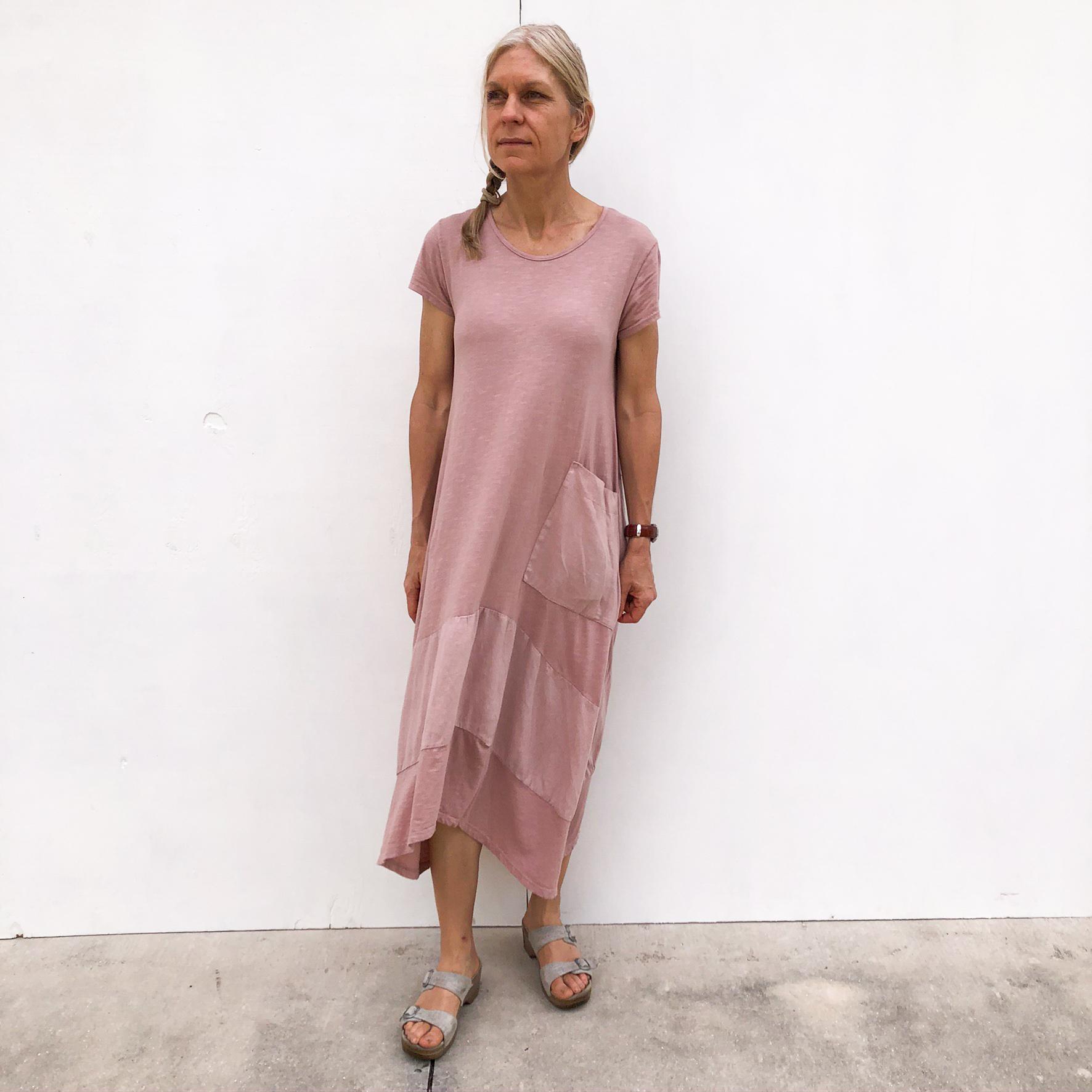 Long Pocket Linen/Cotton Dress on Model - Rose