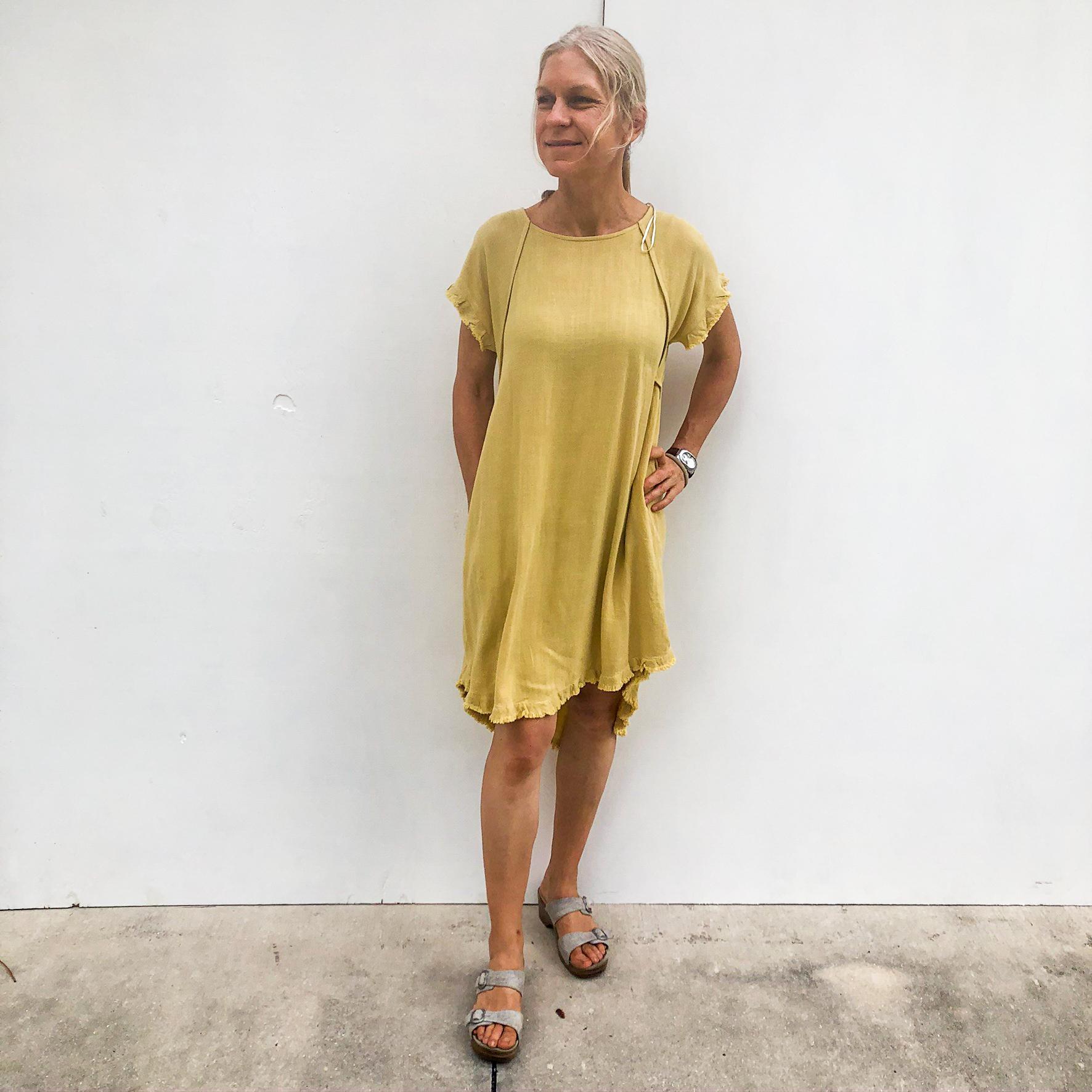 Round Neck Pocket Dress - Golden Yellow