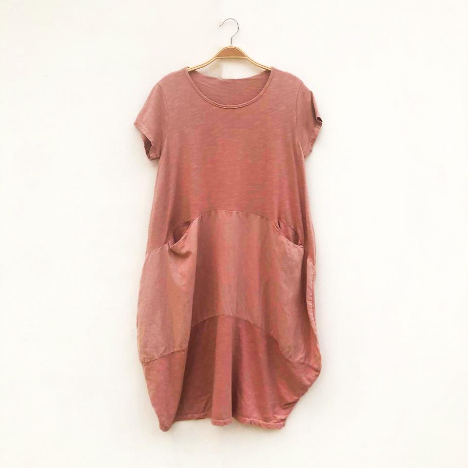 Short Two Pocket Dress on Hanger - Rose