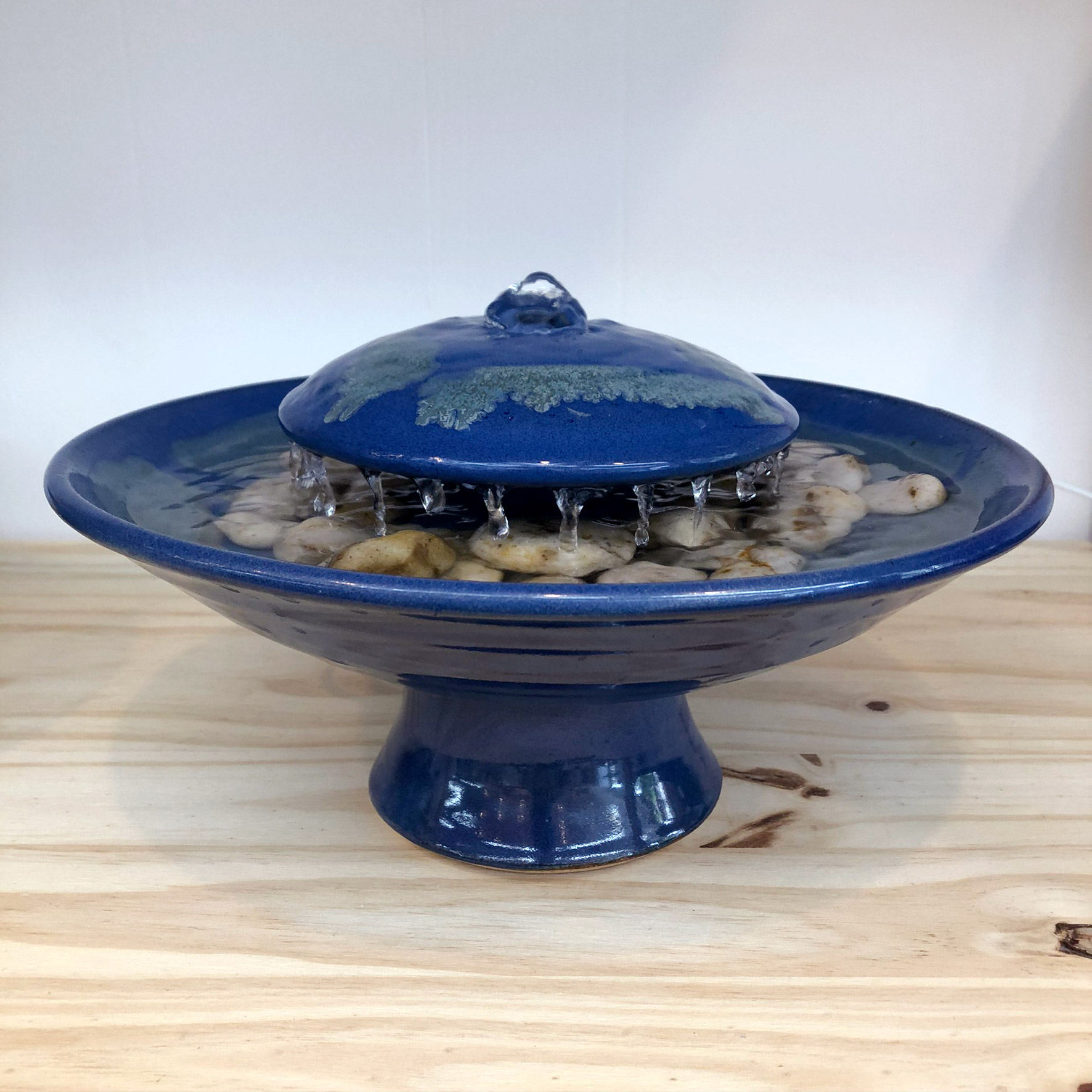 Ceramic tabletop fountain - side view - blue